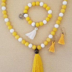 yellow white necklace set