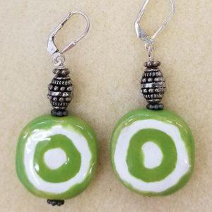 920e Kazuri green white