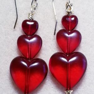 062 C red hearts